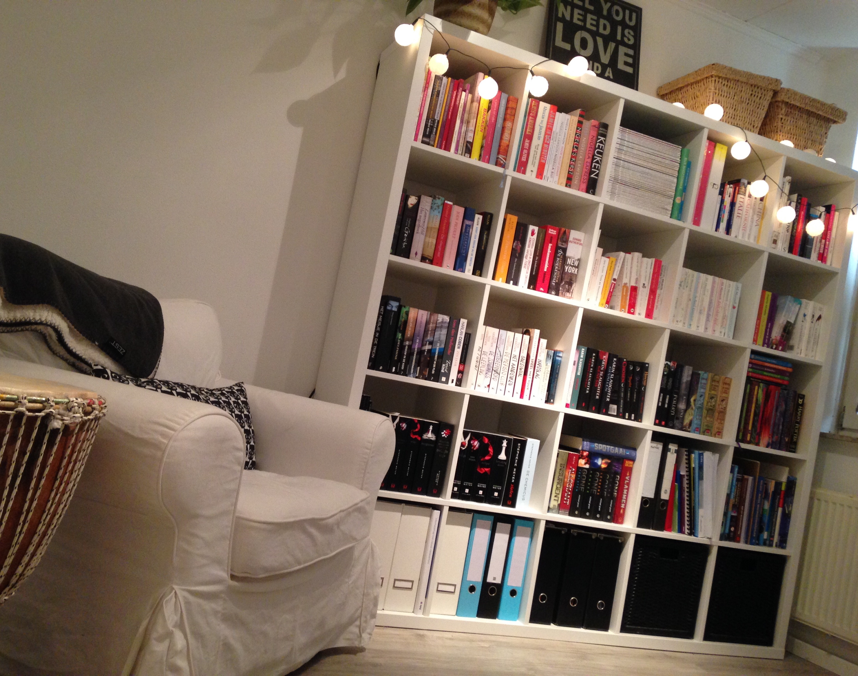 Een kijkje in mijn boekenkast... - Mijnreisdoorhetleven